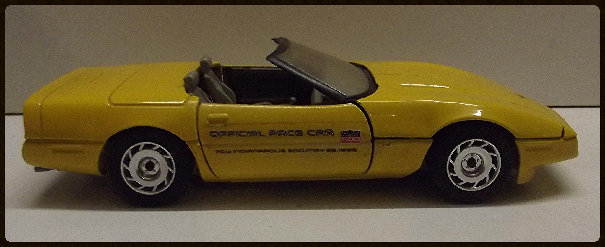 N°4204 Chevrolet Corvette Roadster. 32780622191_b3385e0f0c_k