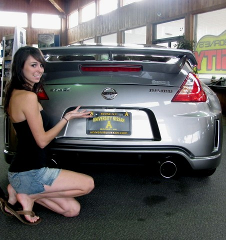 ... Modeling With 2009 Nissan 370Z Nismo | By University Nissan