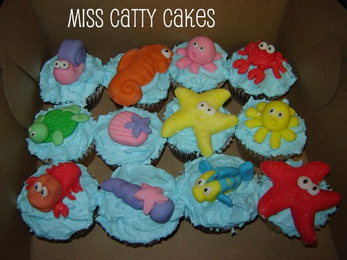 Mia s Little Mermaid Birthday Cupcakes Miss Catty Cakes ...