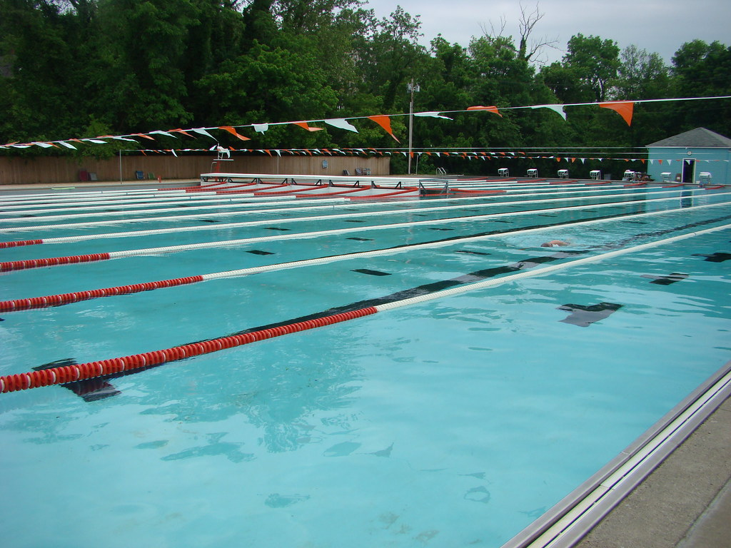 20110520 michael phelps pool meadowbrook pool 5700 for Pool durchmesser 4 50