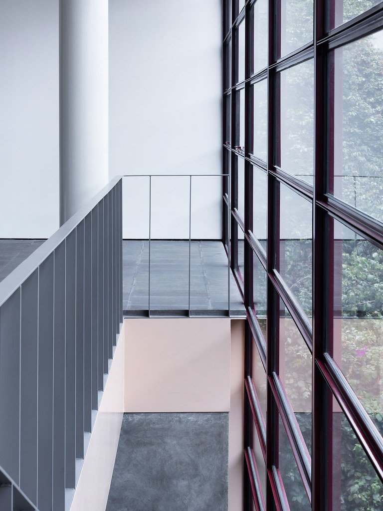 Villa renovation for Galería OMR by Mateo Riestra, José Arnaud-Bello and Max von Werz Sundeno_13