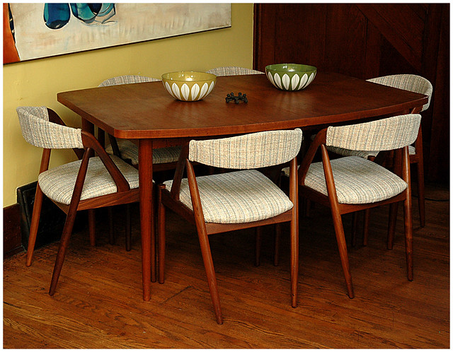 ... Teak Dining Table W/ Kai Kristiansen Chairs | By The Letra Set