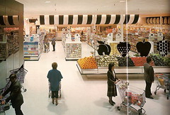 A&P Futurestore Interior from 1984 Annual
