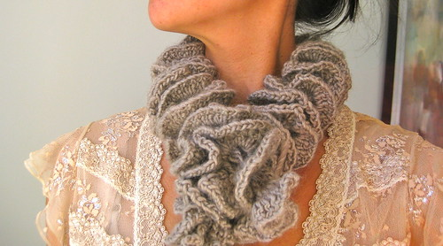 Romantic Knit Muffler | by naomi sews & sews