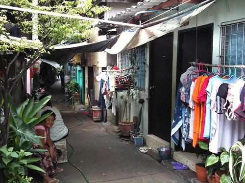 Ban Baat (Monk Bowl Alley), Bangkok  Eric Mazur  Flickr