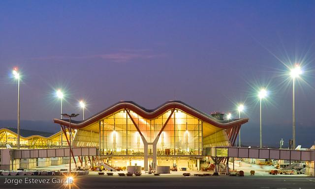 Terminal 4 aeropuerto madrid barajas arquitecto - Terminal ejecutiva barajas ...