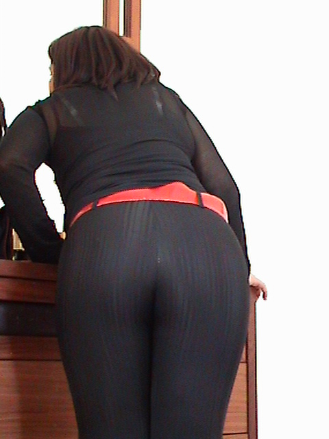Wife Ass Booty Big Black Shiny Spandex Sex Sexy Chubby -7503