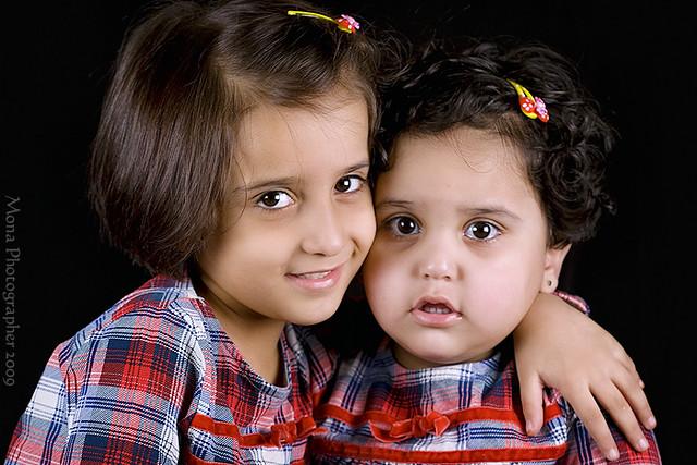 I Love My Sister 3 Lens Canon 100 Mm Macro F 28 Mona