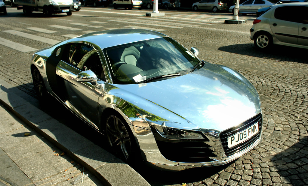 Audi R8 Chrome Spotted In Paris With A Quot Parking