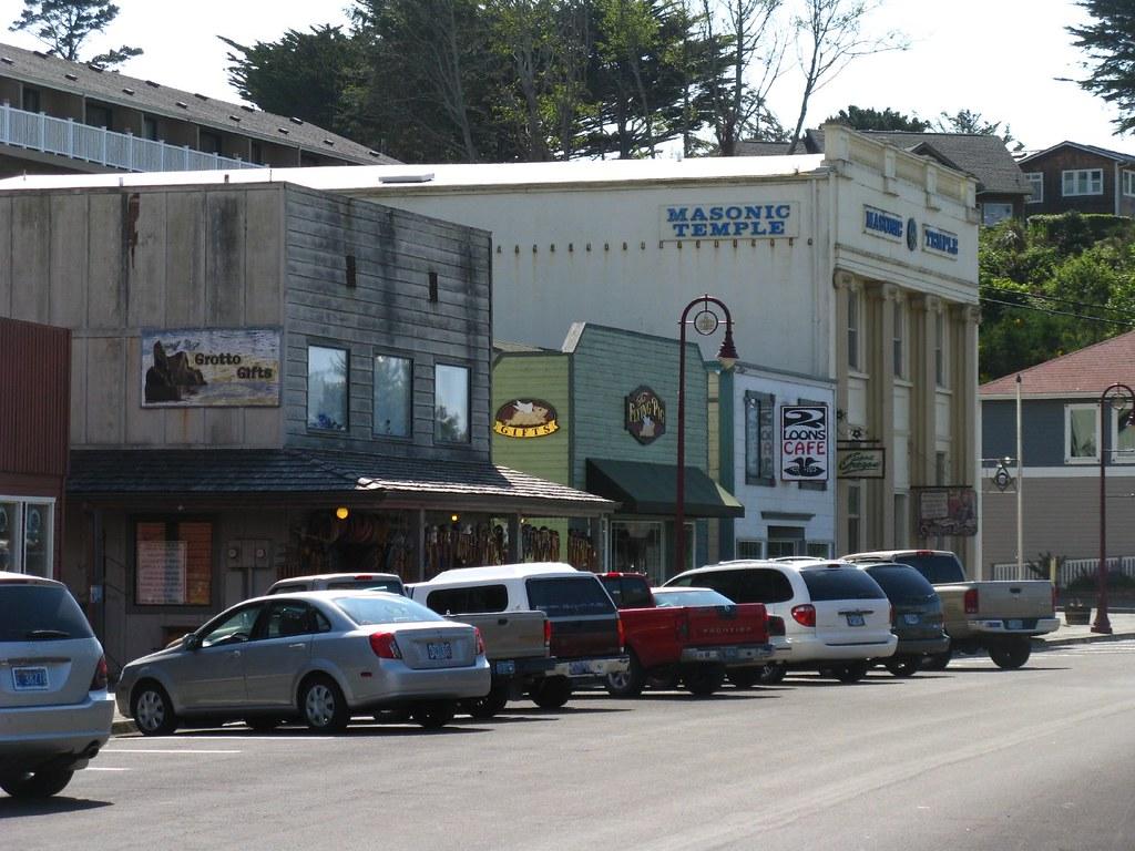 Old Town Bandon Bandon Oregon Has A Very Picturesque