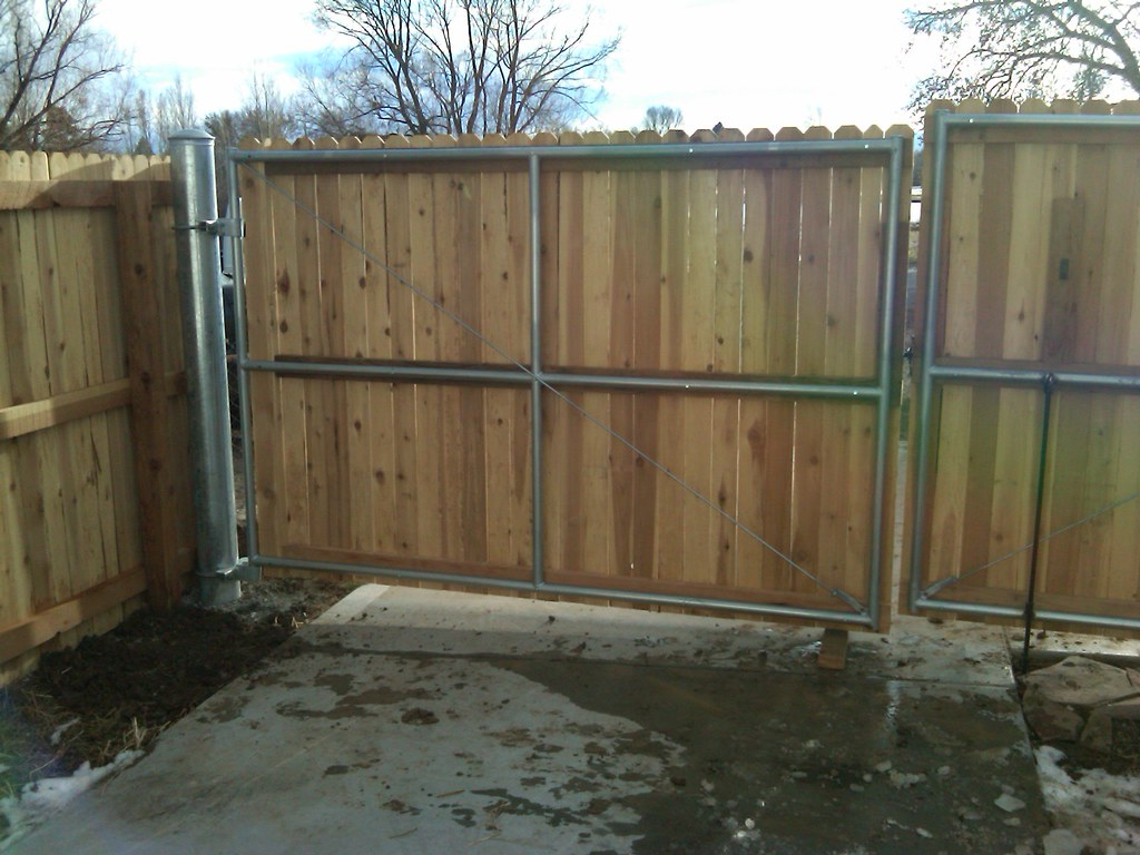Steel Frame With Wood Finish Double Swing Gate These
