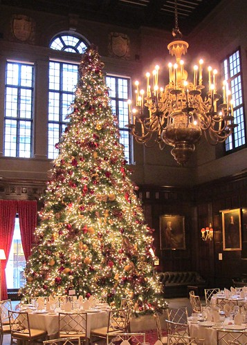 Christmas Tree At The Harvard Club Nyc Beautiful