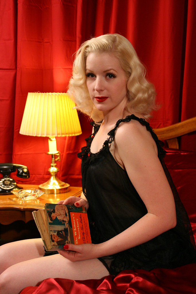 amanda lee on the set atomic age pictures flickr