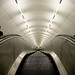 Escaleras al underground
