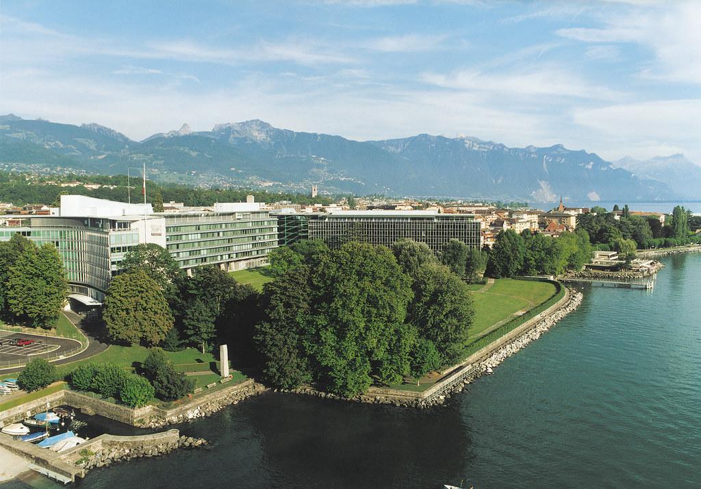 Nestlé Headquarters and Lake Geneva | Nestlé | Flickr