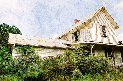 Faded Farmhouse Jude Salem