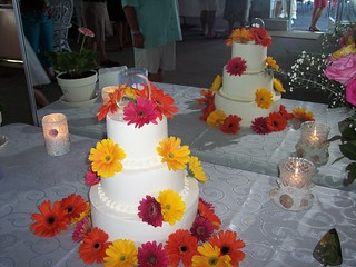gerber daisy wedding cake wilmington nc carolina cakes confections