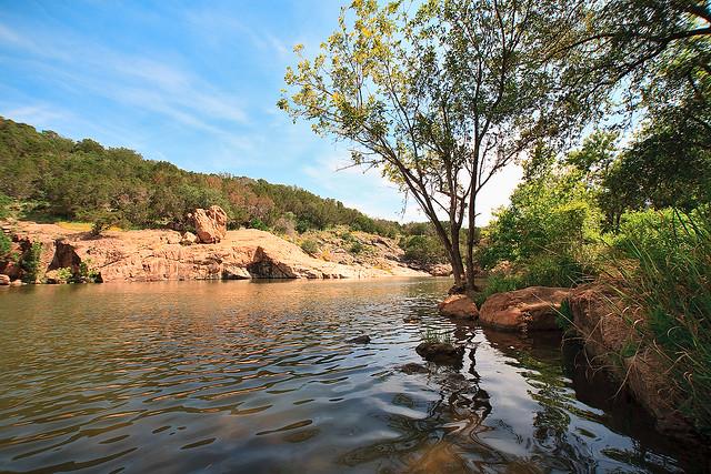 Devil's Waterhole Inks Lake, Texas   Flickr - Photo Sharing!