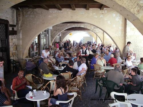 Terrasse d 39 un caf jour de march sainte foy la grande - Office du tourisme sainte foy la grande ...