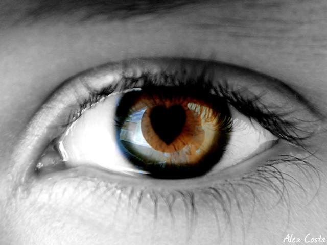 Resultado de imagem para olhar apaixonado