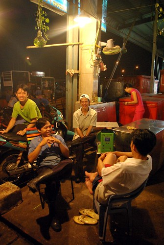Meeting - Chanh Hung Night Fish Market. Ho Chi Min City/Saigon | by The Hungry Cyclist