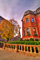 Boston, Massachussets, USA. Beautiful house with the colors of fall in New England. HDR | by Nicola Zingarelli