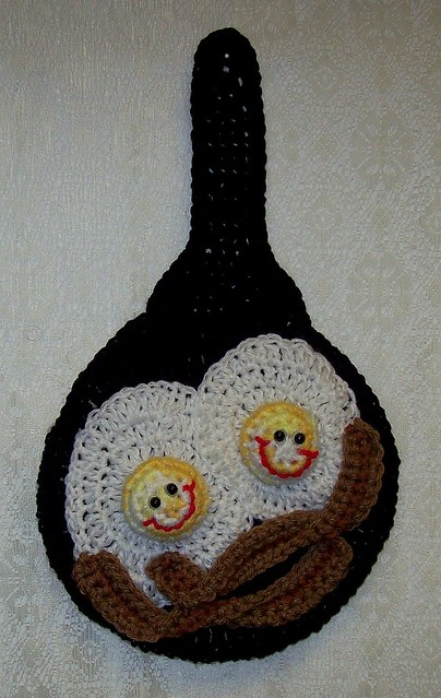Crochet Frying Pan Of Happy Eggs And Bacon Potholder Wall