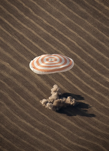 Expedition 20 Landing (200910110011HQ) (explored) | by NASA HQ PHOTO