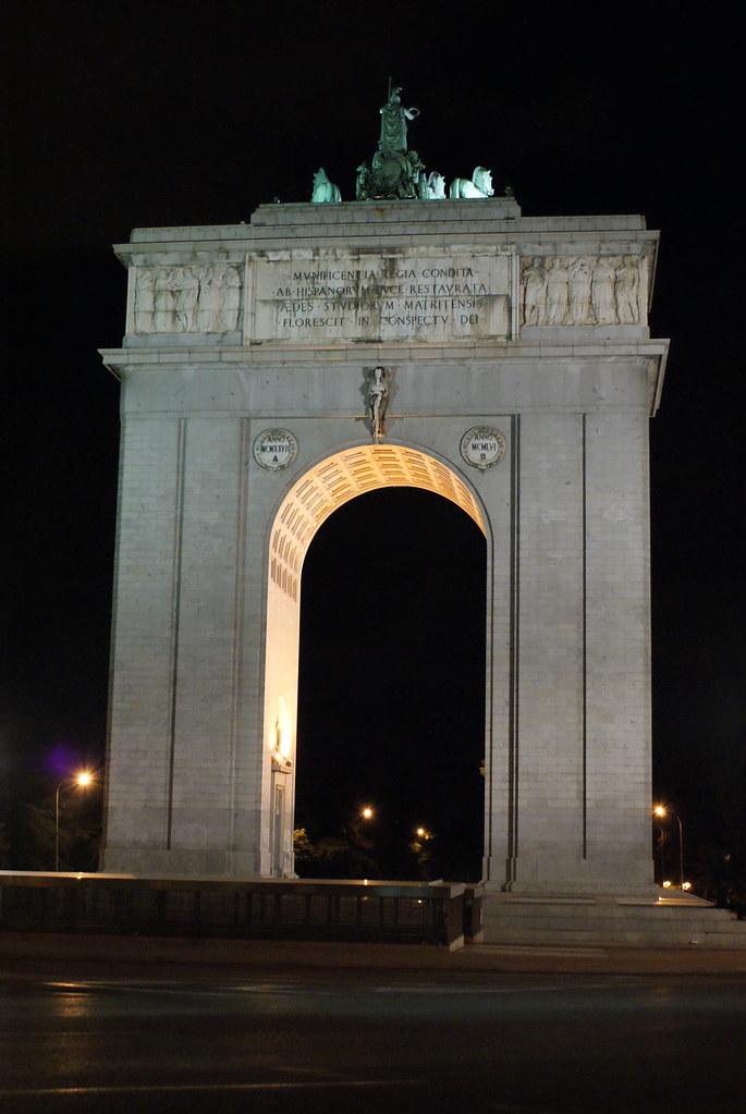 Arco Del Triunfo Puerta De Moncloa Madrid David P Sanchez Flickr