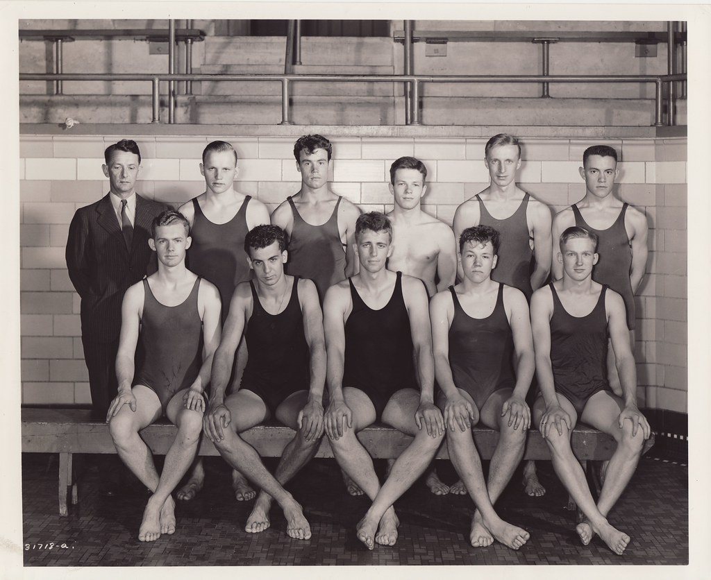 1940-1941 U Of M Swimming Team  University Of Minnesota -6540