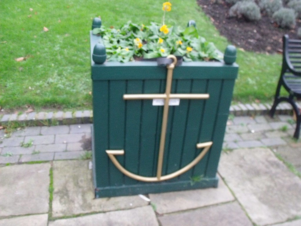 Anchor on a plant box - St Pauls Square, Birmingham Flickr