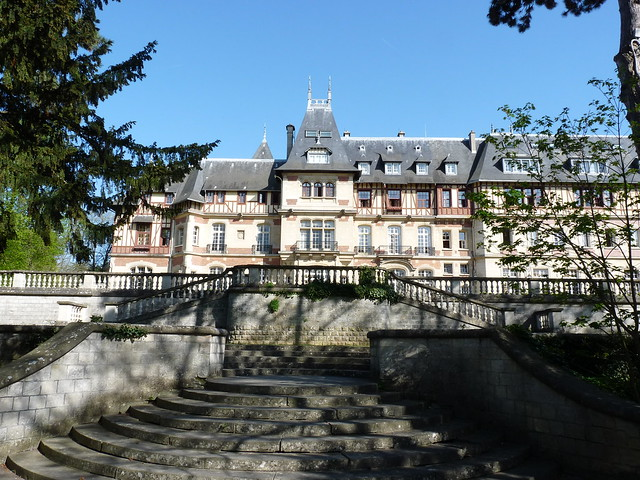 Chteau de Montvillargenne - Sjour thalasso Chantilly - m