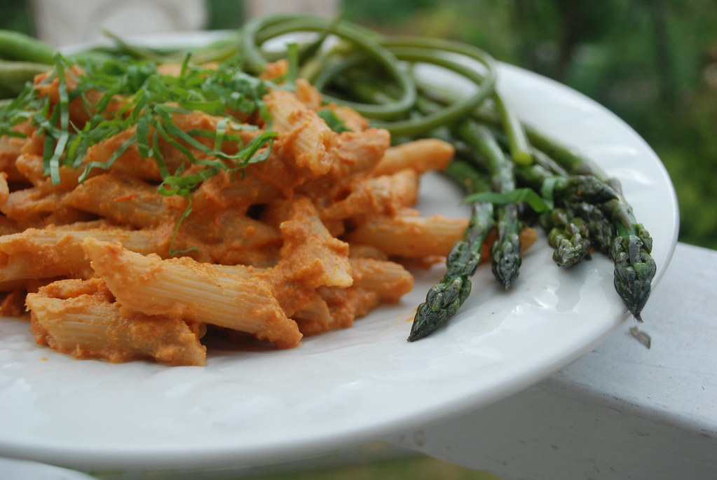 Penne with tomato cashew cream sauce, asparagus, beans, an… | Flickr