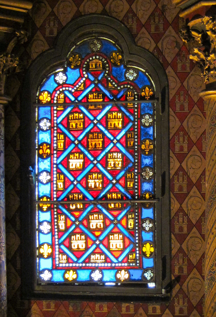 Stained glass castle window | Sainte Chapelle, Paris | Flickr