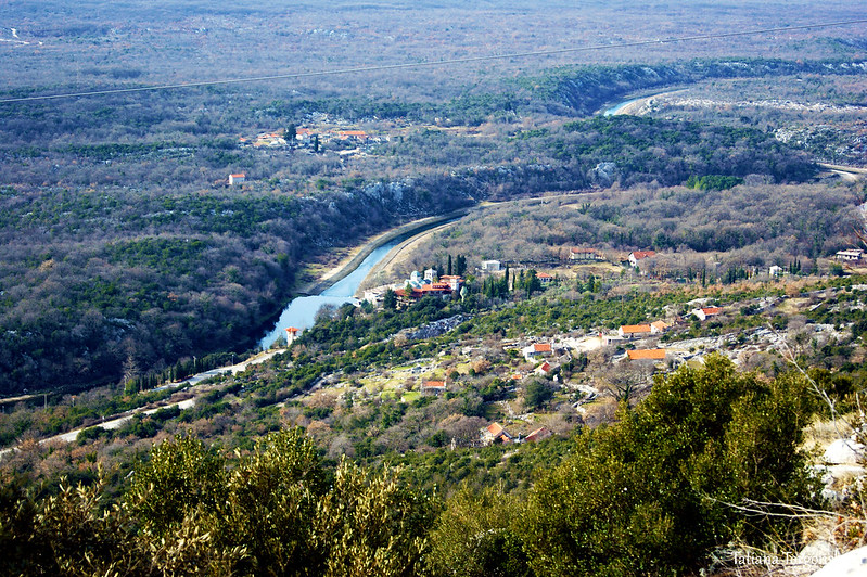 Вид на монастырь Тврдош