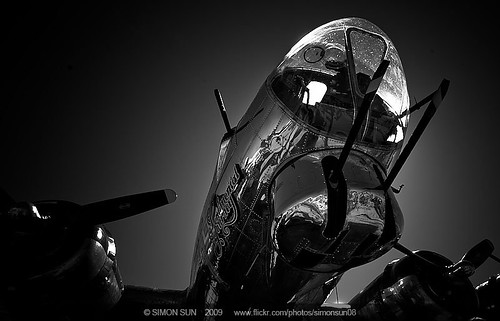 b17 | by simonsun08