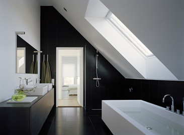 Watch besides Walk In Shower Modern Design moreover Luxury House Plans also Bathroom Glass Partition furthermore Split Level And Multi Level Designs. on design and layout of bathrooms