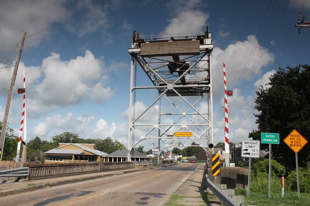 La 14 bayou vermilion drawbridge abbeville louisiana flickr for Comelectromenager abbeville