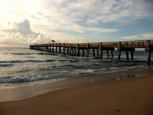 It 39 s going to be a great day i 39 m going fishing at the ne for Lake worth pier fishing