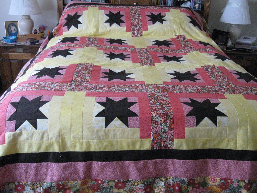 Orion Star Quilt I made this queen size quilt for QIAD ...