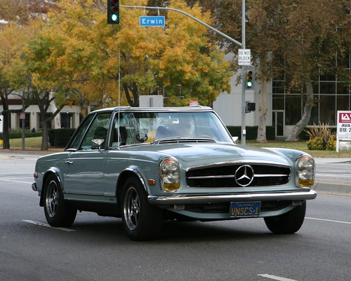Mercedes benz w113 pagoda the mercedes benz w 113 for Mercedes benz 280sl pagoda