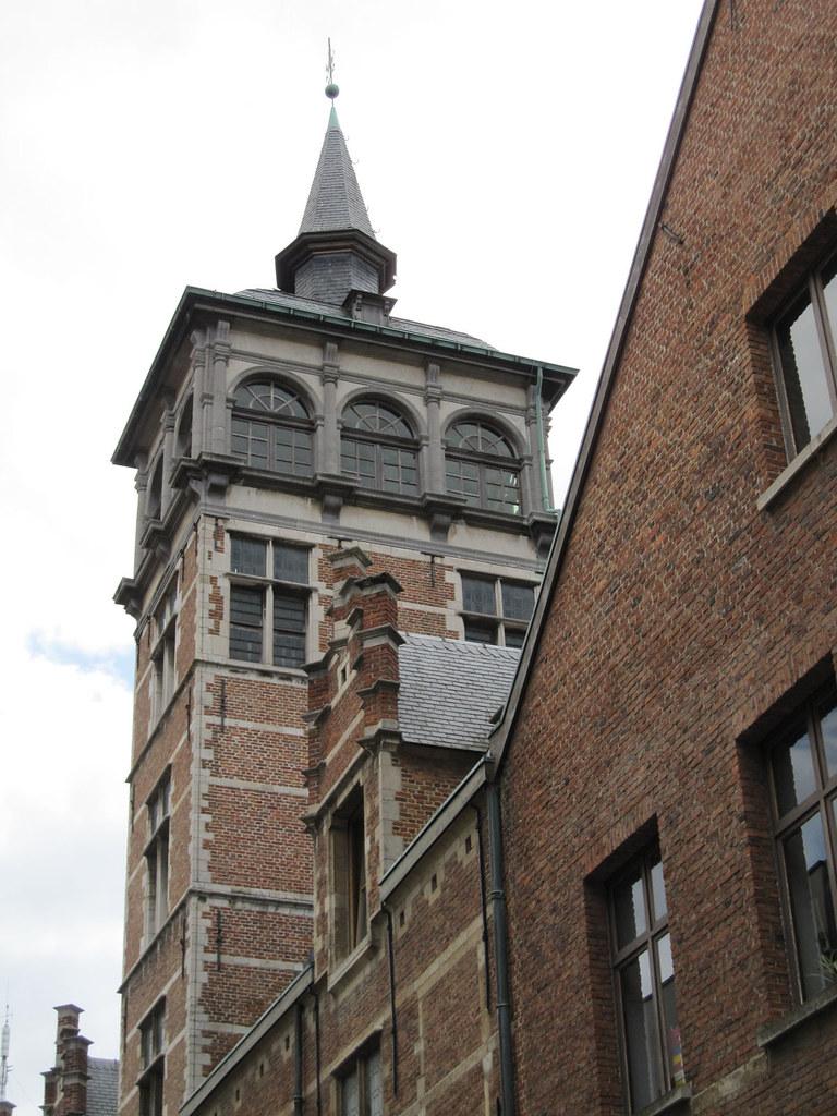 The Van Straelen Tower