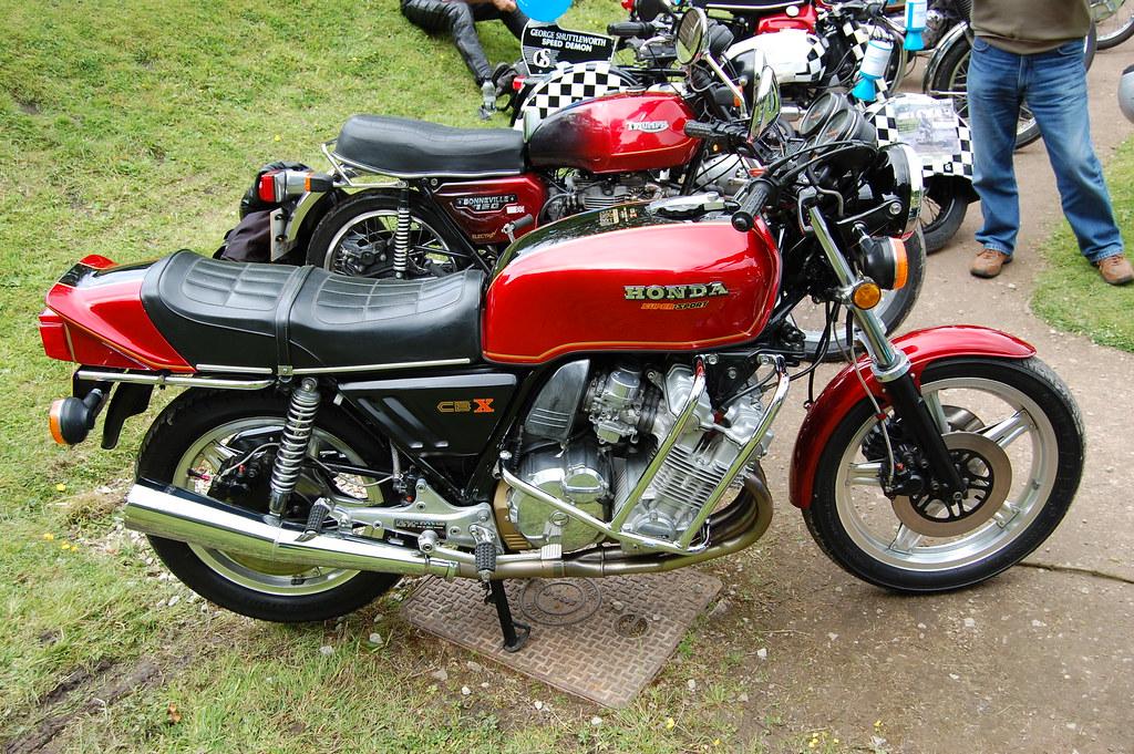 Yamaha R Candy Red