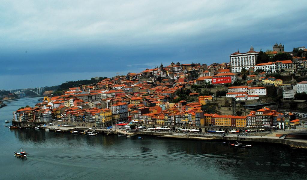 800px-porto_28oporto292c_portugal