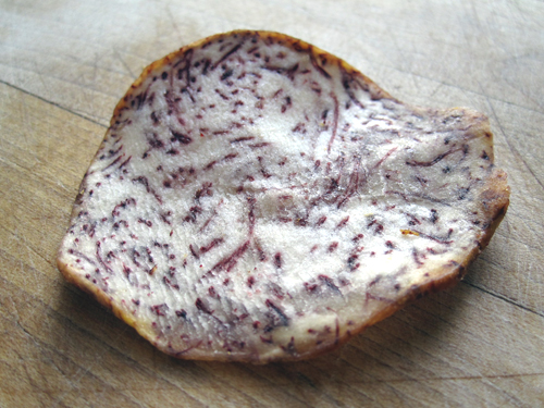 Taro Root Chip - The Delicious Daily 11.06.2009 | Flickr - Photo ...