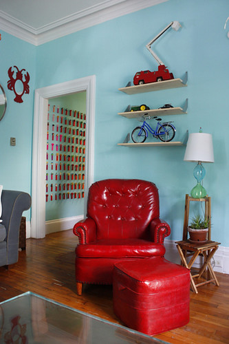 blue and red living room heidi flickr. Black Bedroom Furniture Sets. Home Design Ideas