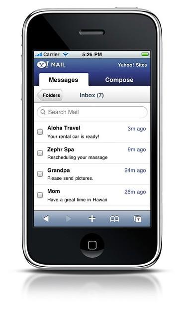 Un mobile, ou GSM, ou portable, ou smartphone selon les régions