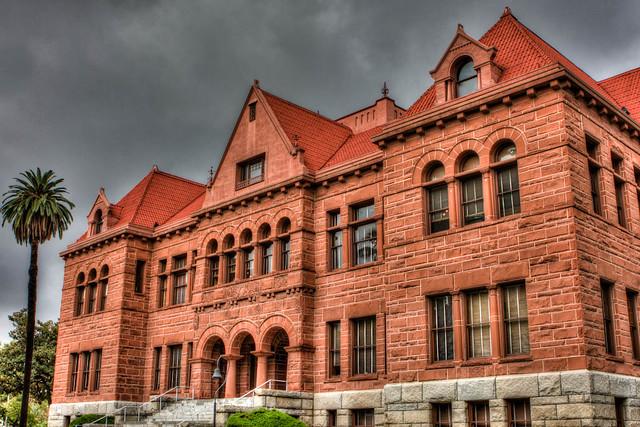 Zz courthouse