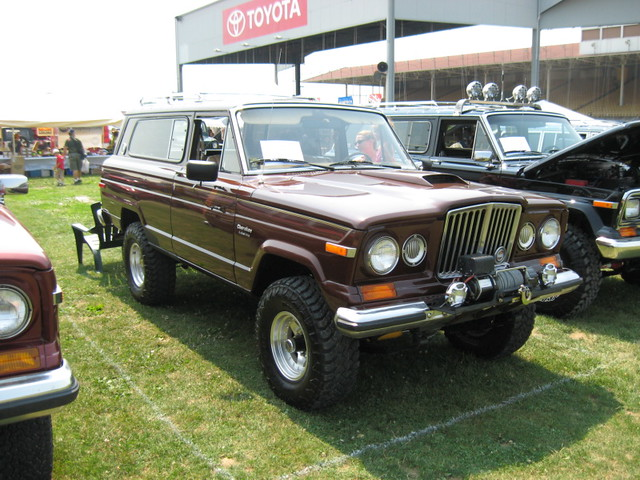 Full Size Jeep Cherokee S With Gladiator Grill Sj Flickr