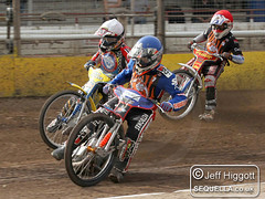 Joe Jacobs leads Nick Simmons and Jack Hargreaves